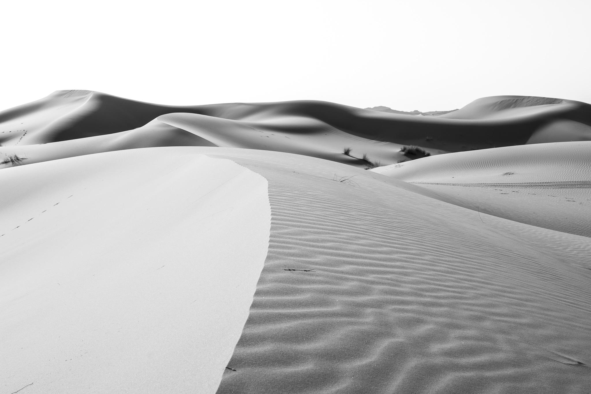 Próximo á cidade de Erfoud, ao sueste de Marrocos e próximo á fronteira con Alxeria, atópase o chamado Erg Chebbi. <br>O conxunto dunar, de 22km de longo e 5 de ancho, esténdese ao longo do Sahara cunha altura de ata 150m nalgúns lugares.